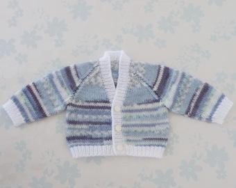 PREEMIE BOY Sweater / Cardigan - 32 to 42 week preemie, kangaroo care, NICU, machine washable baby yarn in shades of blue & white