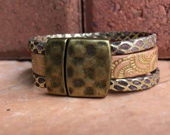 Leather bracelet. Gold tones leather bracelet, Multistrand leather bracelet, Woen's bracelet
