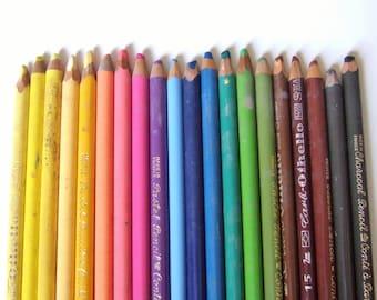 20 Vintage Pastel Pencil Crayons - Artist's Quality, Conte a Paris & Schwan