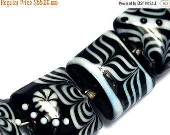 ON SALE 35% OFF Seven Elegant Lady Pillow Beads - 10205404 - Glass Lampwork Beads
