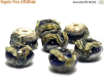 ON SALE 35% OFF Seven Purple Free Style Rondelles - Handmade Glass Lampwork Bead Set 10407001