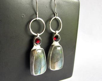 Labradorite and Garnet Earrings - Modern Labradorite Earrings - 25th Anniversary Gift - January Birthstone - Labradorite Jewelry