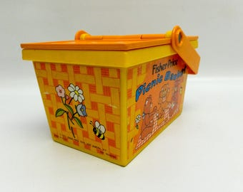 Cutest toy picnic basket - Fisher Price - 1974