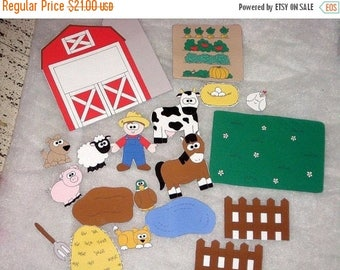SALE Old McDonald felt shapes set  19 pieces Educational homeschool #3889