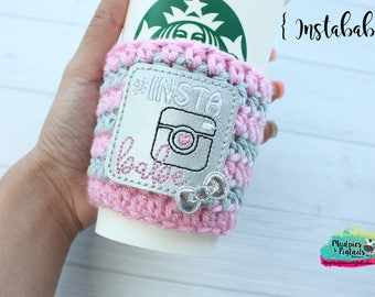 Social Media Crochet Cup Sleeve { Insta Babe } instagram, camera, blogger, beauty, crochet, mug sweater, starbucks, aesthetic, plain