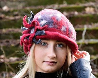 Felted wool hats, Womens winter hats, Bowler hat, Felt hat for women, Women's wool hat, Handmade Felt hats Red Hat