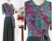 Vintage 1940s Dress - Chic and Unusual Rayon Crepe and Silk 40s Print Block Dress in Dusky Green and Jewel Tones