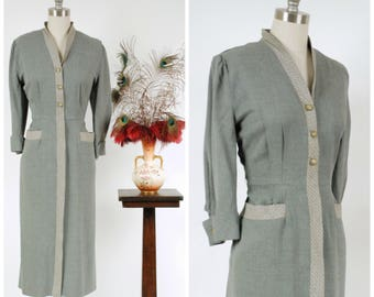 Vintage 1950s Dress - Chic Gabardine 50s Day Dress in Heathered Grey with Black and White Trim