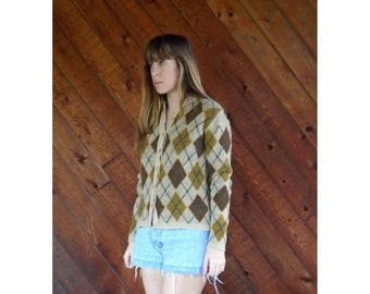 15% Memorial Day Wknd ... Brown Argyle 60s Cardigan Sweater - Vintage - SMALL