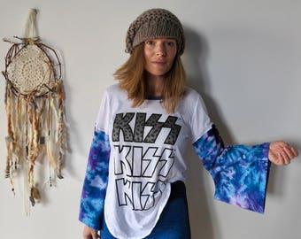 Kiss Band Tee Tie Dye Kimono Bell Sleeve Band Tee T-shirt Top Size Medium