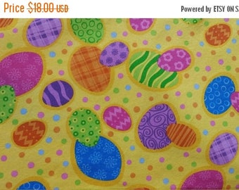 ON SALE Easter Table Runner Decorative Eggs Tossed Dots on Yellow Padded