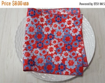 SALE Cloth Napkins Blue White Floral on Red Set of 4