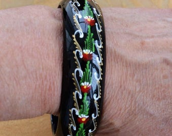 ON SALE Pretty Vintage Hand painted Black, Red, Green Floral Wooden Bangle Bracelet