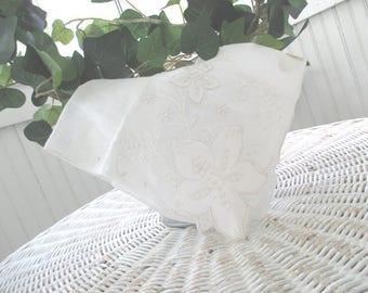 Vintage Hankie * Embroidered Linen * Handkerchief * NOS * Hanky * Original Foil Label * Made in Madeira * NASHARR