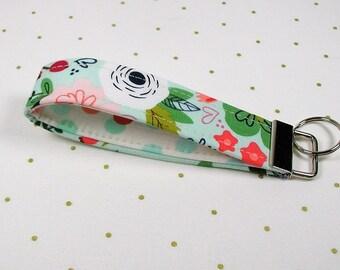 Key Fob Wristlet, Fabric Key Chain, Wrist Key Chain ..On Trend Floral