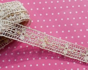 Wonderful Vintage Net Drawnwork Ecru Lace Trim with Crosses