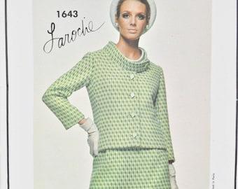 1960's Vogue Paris Original Laroche 1643 Jacket and Skirt Size 14 Bust 34