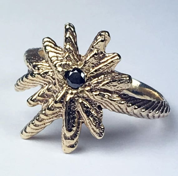 Yellow Gold and Black Diamond Starburst Ring