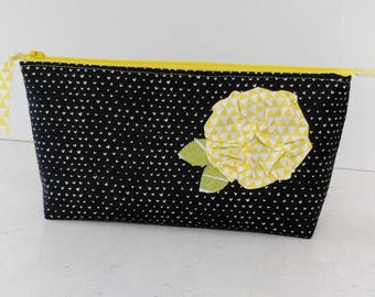 Zipper Pouch in Dear Stella