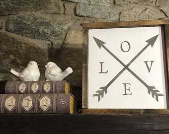 Love sign - Framed wood sign - Farmhouse decor - Love - Arrow sign - Arrow - Wood sign - Framed wooden sign - Arrows - Rustic - Wooden sign