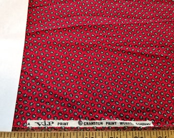 Vintage Quilt calico Christmas cranberry Red with small floral dot VIP Cranston almost 3yd