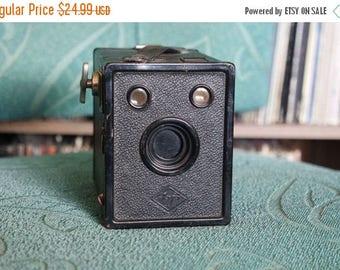 SALE 25% OFF 1930's Box Camera - Agfa Cadet B-2 - Takes 120 Film