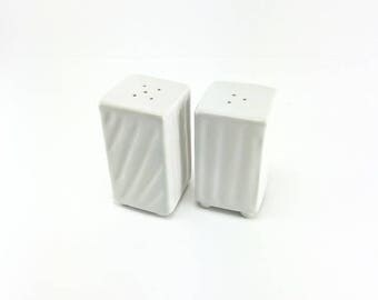 Ceramic Salt and Pepper Shakers-Porcelain Salt and PepperShakers-White Pottery-White Tableware