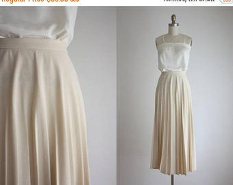 25% SALE nude maxi skirt
