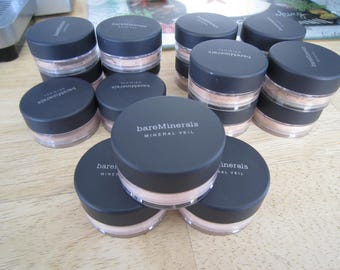 Escentuals Bare Minerals Foundation/Finishing Powder