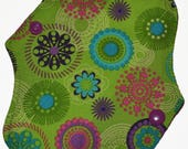 Liner Core- Green Geo Reusable Cloth Petite Pad- 6.5 Inches