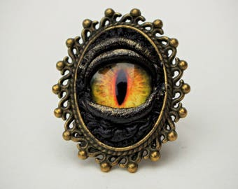 Black antiqued leather Gothic style ring. Steampunk Victorian Jewelry. Victorian ring. Dragon eye ring. Statement ring.