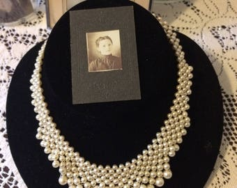 Stunning Vintage 80s White Faux Pearl Ladies Bib Choker Necklace Holiday Gift Bridal Gifts for Her