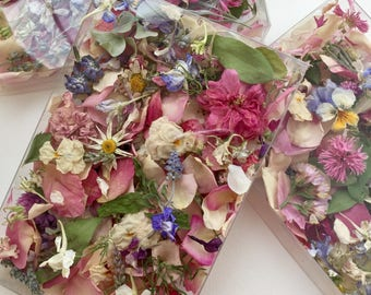 Wedding Confetti, Dry Flowers, Craft Supply, Petals, Table Decorations, Real Flowers, Aisle Decor, Rose Petals, Dry Wildflowers, 12 Boxes
