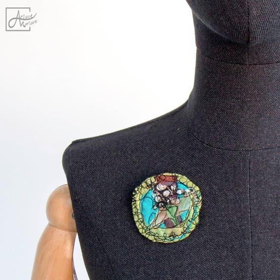 Happy color art pin flower brooch - Floral felt embroidery pin brooch - art to pin - Closure system - fiber art brooch- Made in Paris