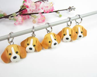 Beagle Stitch markers, polymer clay dog, gift for knitters, Beagle gifts, dog charms, dog gift, animal, Beagle charm, knitting accessories