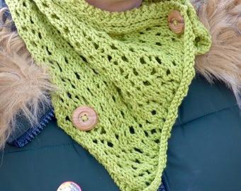 Lace Stitch Moss Cowl w/ Button Detail