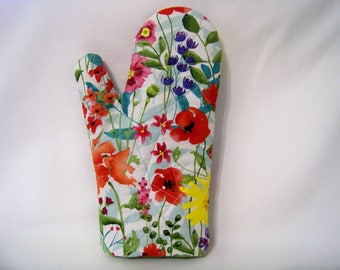 Quilted Oven Mitt - Spring Meadow - Oven Glove - Potholder - Handcrafted - Ready To Ship