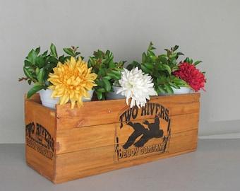 wooden crate - retro decor - rustic interior - Decoy - vintage crate