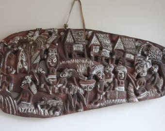Vintage Hand Carved Story Board from Papua New Guinea, Tribal Art, Primitive, Bohemian Wall Decor
