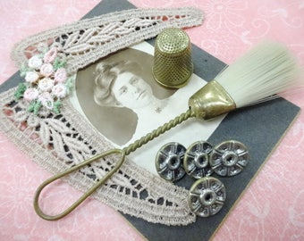 Needful Things Vintage Sewing Machine Brush Thimble Project Findings Embellishments JUNQUE Inspiration Lot Shabby Sweet