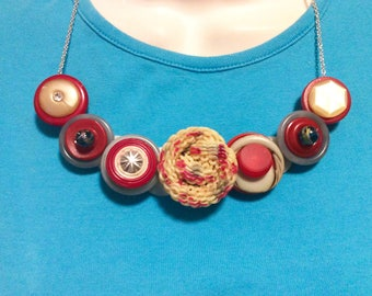Spaghetti Swirl Button Necklace