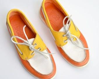 25% off Storewide // SALE / Vintage ESCADA color block leather loafers / 8