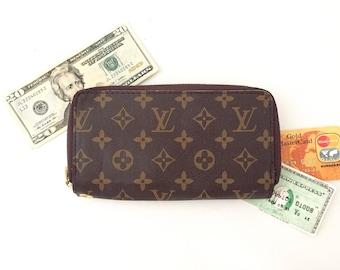 Louis Vuitton Wallet - Womens Wallet - Designer Wallets - LV Handbags - Louis  Vuitton Monogrammed Canvas - Purse Accessory