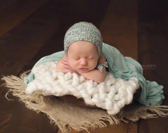 Knitting Pattern, Knit PDF Pattern,  Newborn Hat Pattern, PHOTO shoot prop,  Knit, Tutorial, PDF, Newborn hat, Cole Bonnet