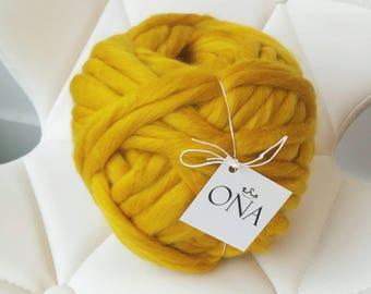 Super bulky Mustard Yellow Chunky jumbo yarn 500g xxl wool giant merino wool yarn hand spun chunky knitting UK seller