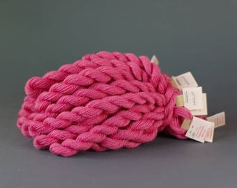 Hand-dyed embroidery yarn, natural dyes, merino thread, cobweb weight, 20m, dyed with  COCHINEAL, pink color, 281