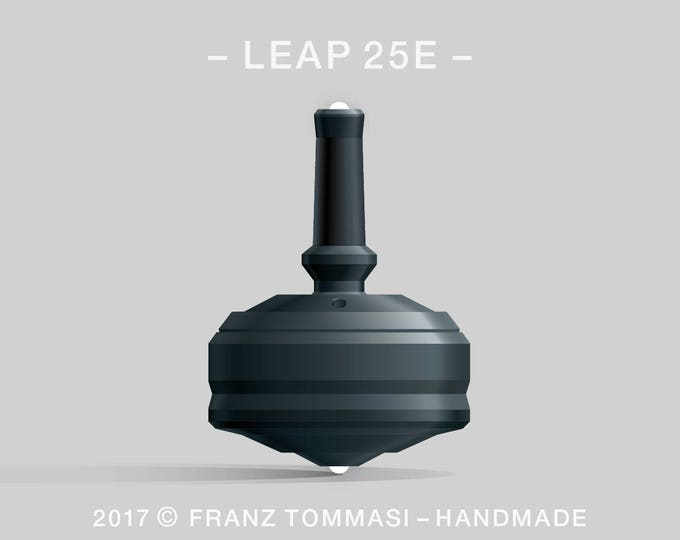 LEAP 25E Black-on-Black Spin Top with rubber grip, dual ceramic tip, two-part body, and accent holes (3)
