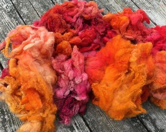 Hand dyed Border Leicester wool, spinning fiber in 'Peaches and Blossoms' knitting crochet or arm knitting