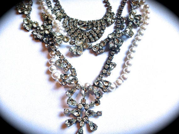 Vintage Handmade Necklace, Chunky Pearl and Rhinestone Wedding Necklace