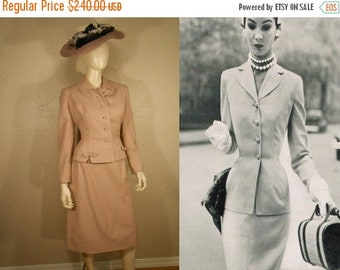 Anniversary Sale 35% Off Catching a Train from Penn Station - Vintage 1950s Mauve Pink Wool Suit w/Bejeweled Detail - 2/4